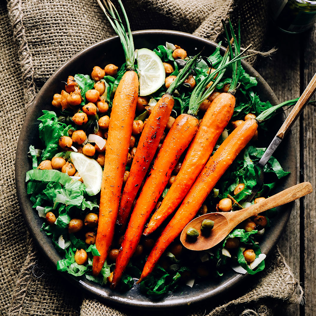 carrots on top greens